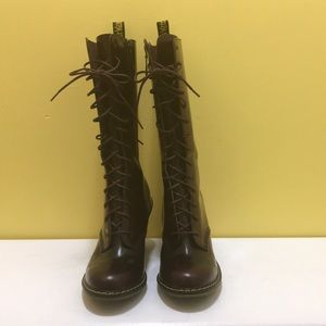 """Dr. Martens """"Louise"""" Burgundy Boots. Size 8"""